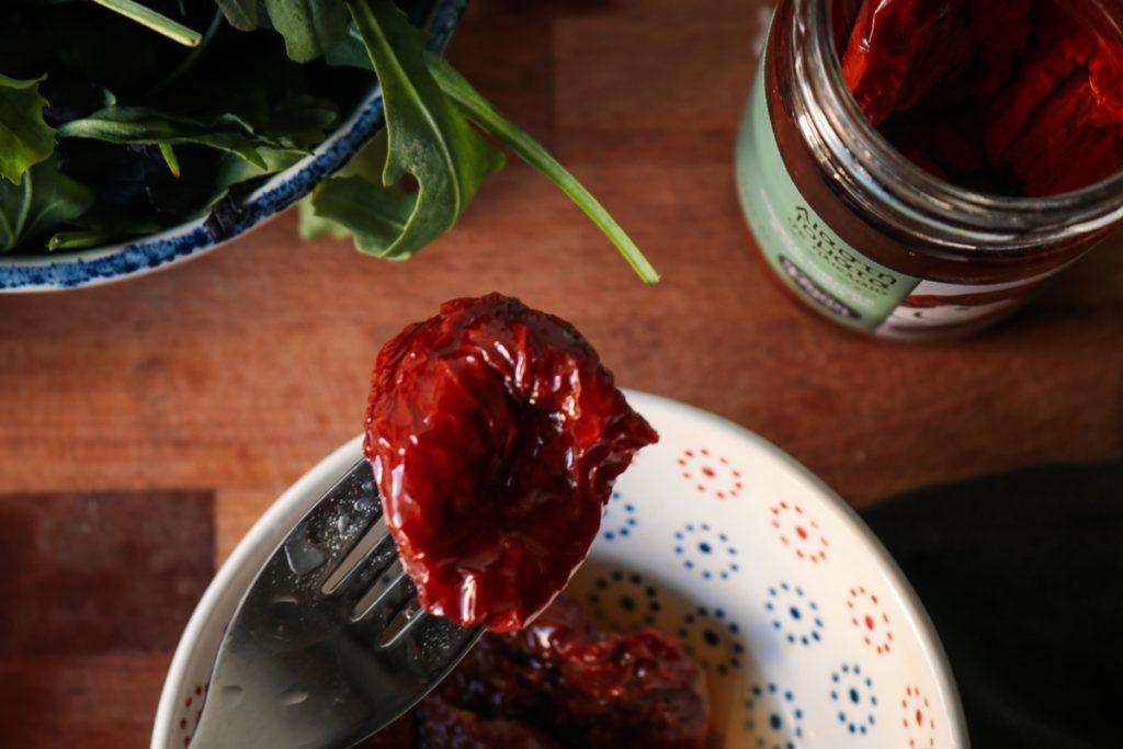 Συνταγές για λιαστές ντομάτες