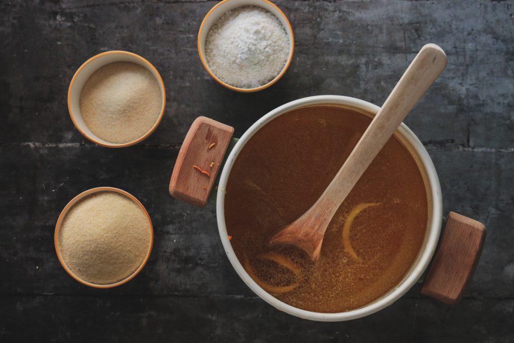 Συνταγές για σιμιγδαλένιο χαλβάς