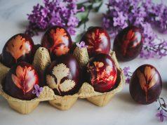 Βαφή με κρεμμυδόφυλλα για αυγά