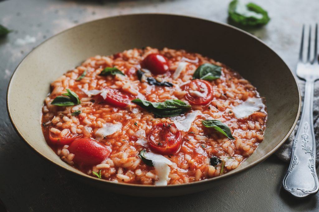 Εύκολες συνταγές με ντομάτες και ρύζι