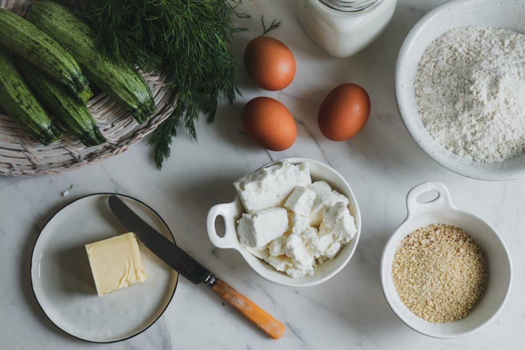 Ταρκάσι, Εύκολη κολοκυθόπιτα χωρίς φύλλο Υλικά, αυγά, φέτα, τραχανάς, άνηθος