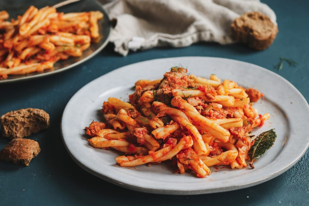 Pasta recipes with tuna and tomato