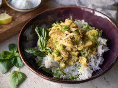 Κοτόπουλο με μανιτάρια, κάρυ, καρύδα και γιαούρτι_korma ethnic food