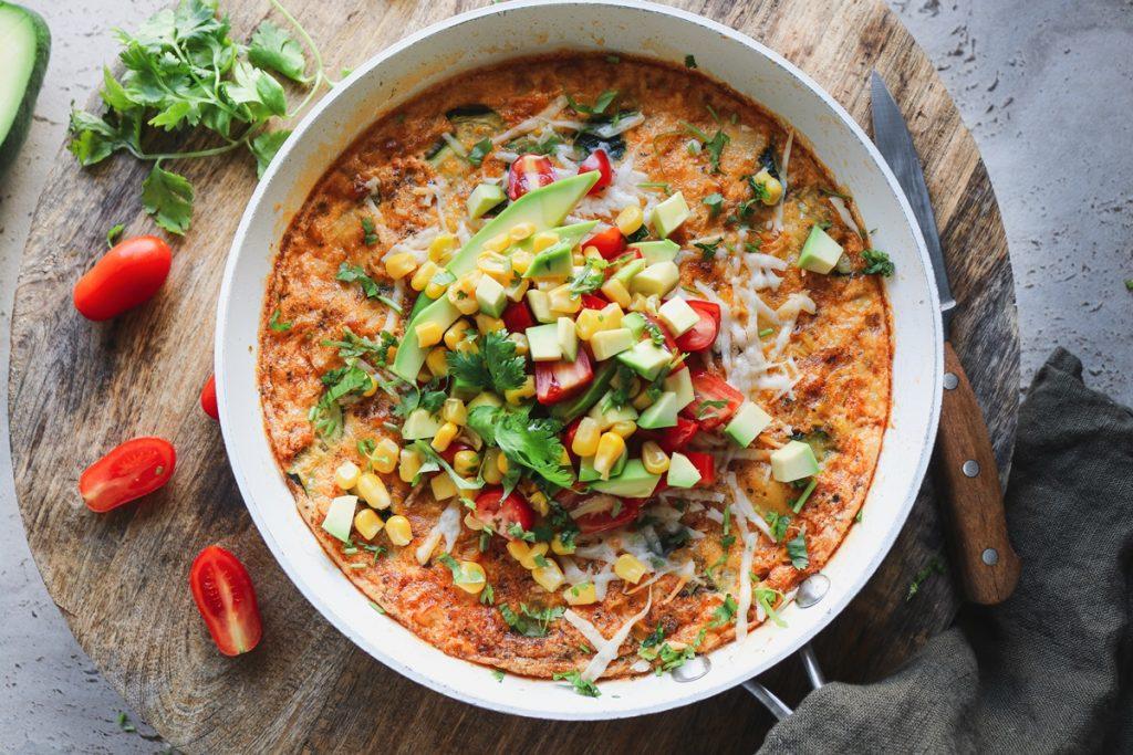 Frittata recipe_ Συνταγή για φριτάτα με καλαμπόκι, γραβιέρα, αβοκάντο