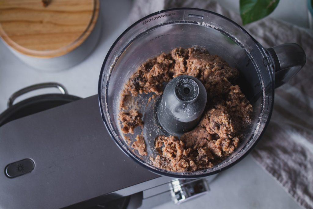 Συνταγές για σοκολατένιο cheesecake με μπισκότα φουντούκι