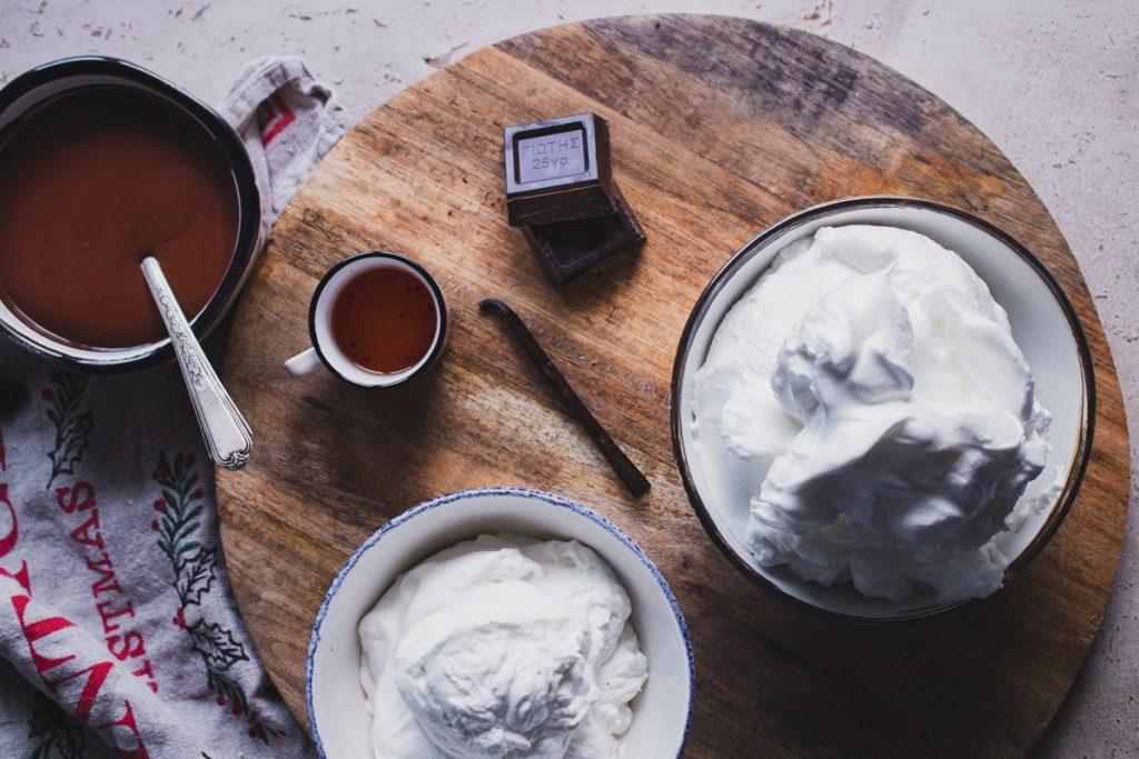 Συνταγή για ιταλική μαρέγκα με σοκολάτα
