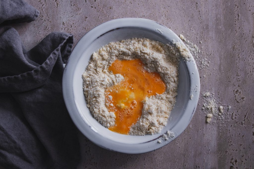 Τριφτή ζύμη για τάρτες με βούτυρο, συνταγές