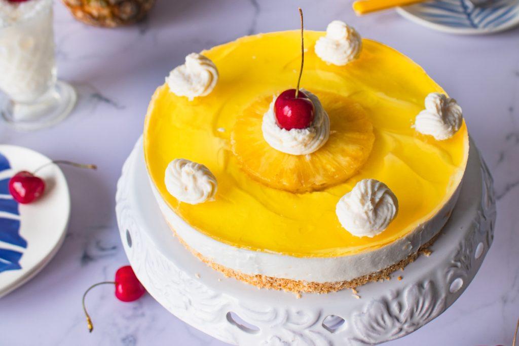 Συνταγές Cheesecake ψυγείου με ανανά και καρύδα